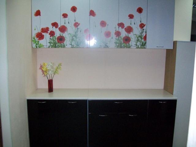 Маки, кухонный гарнитур